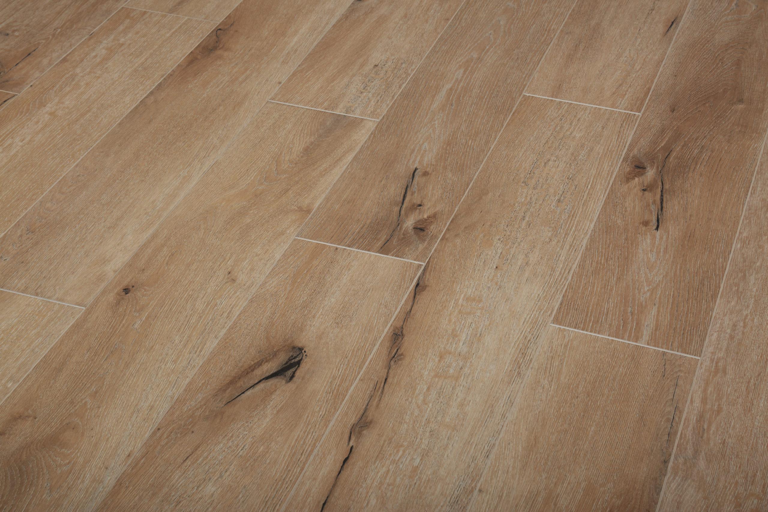 Ruby Splash - Riverstone by LW Flooring
